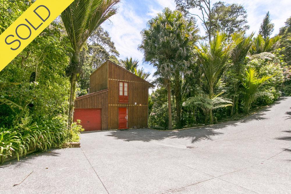 275 Konini Road, Titirangi, Auckland - SOLD DECEMBER 20173 Beds I 2 Baths