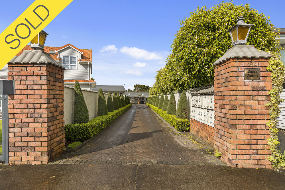 2/49A Amaru Road, One Tree Hill, Auckland - SOLD AUGUST 20172 Beds I 1 Bath I 1 Parking