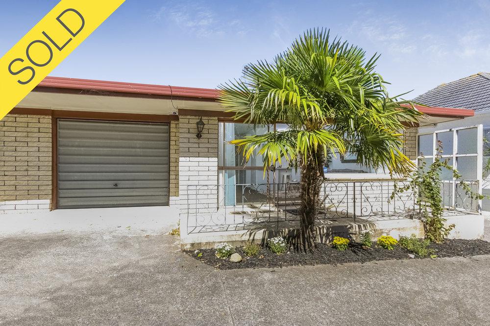 2/56 Te Atatu Road, Te Atatu South, Auckland - SOLD JUNE 20172 Beds I 1 Bath I 1 Parking