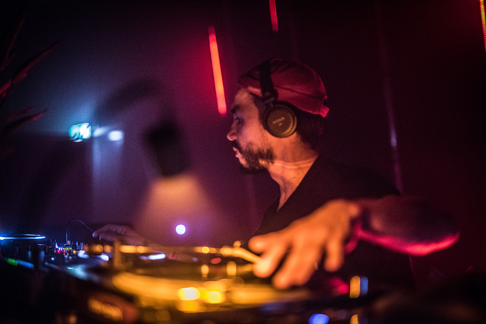 Nick V |04.01.2018 | Elementenstraat Warehouse | Is Burning 4 Year Anniversary Photo by Knelis
