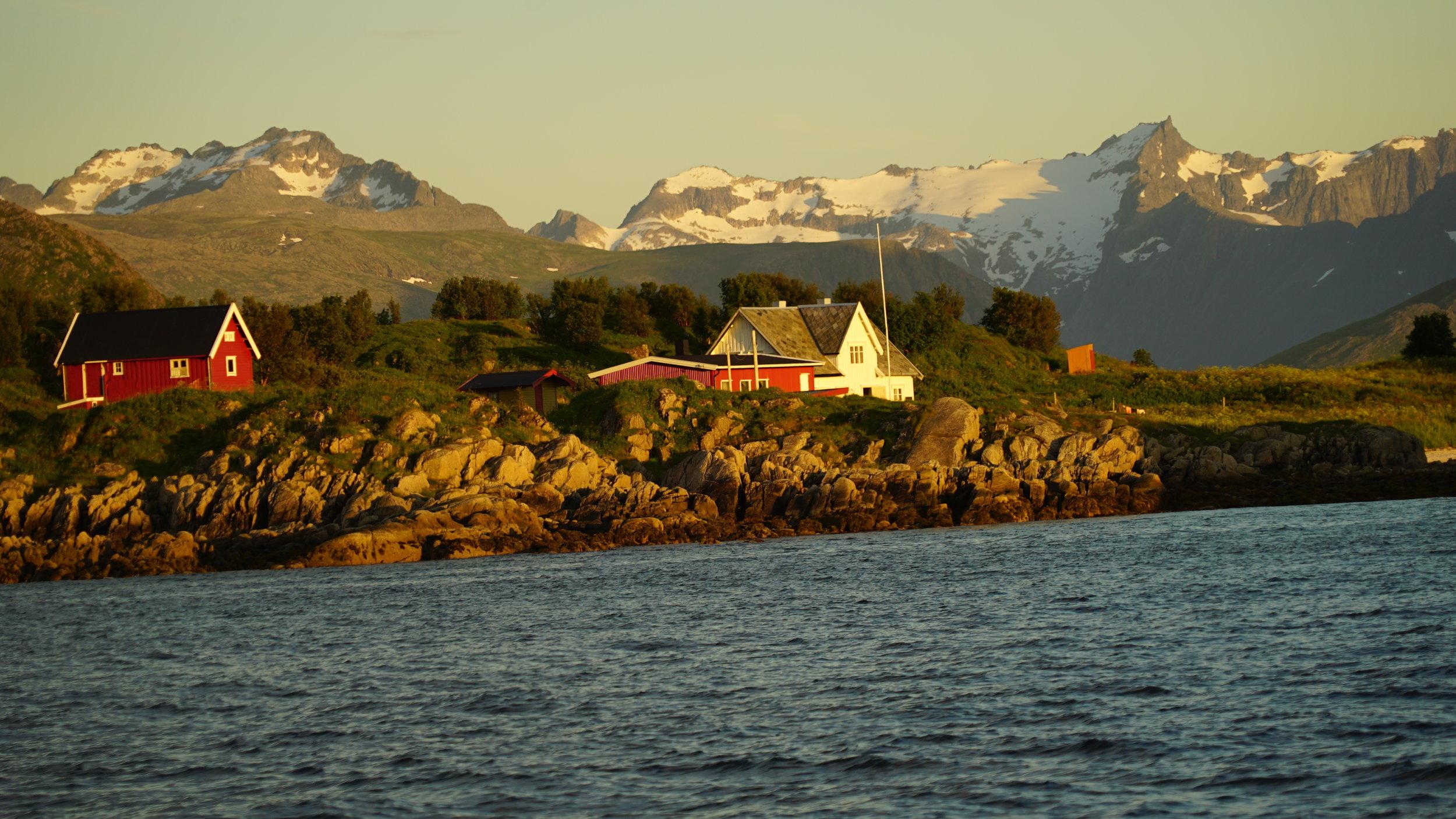 #Midnightsun #Boat #Cruise #Tromso