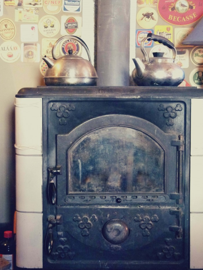 kettles & stove