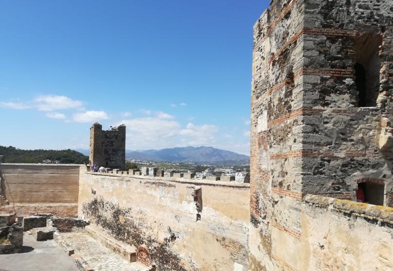 Castillo Sohail - Calle Tartesos, s/n, 29649 Fuengirola, Málaga