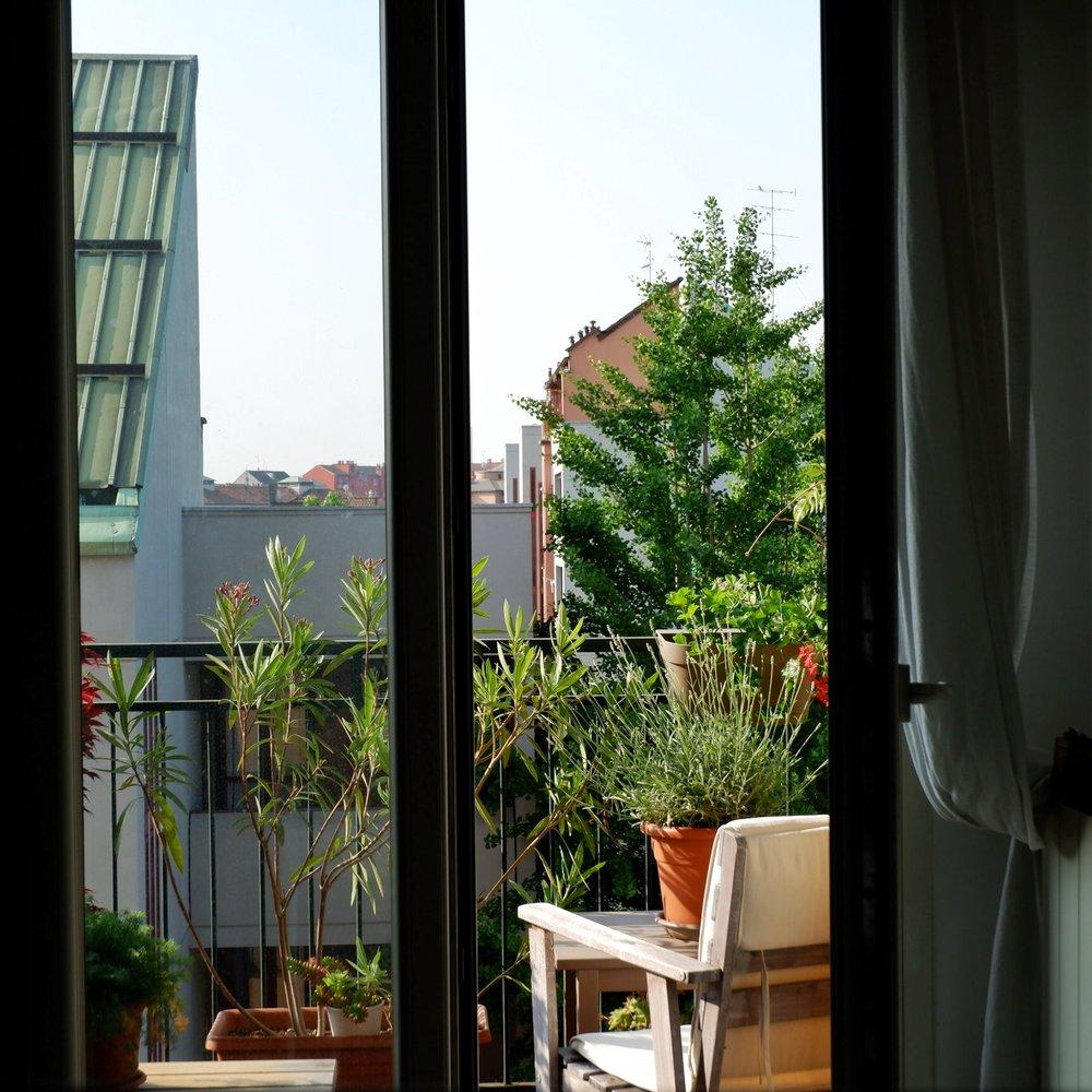 Balcony_07.jpg