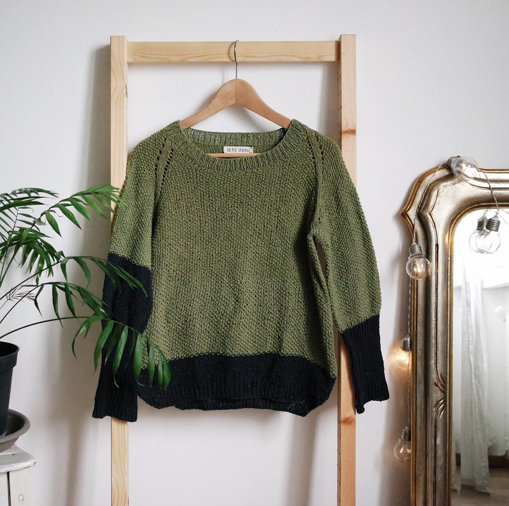 Summer Crunchy Leaves Sweater - You can order it here / Puoi ordinarlo qui:Etsy
