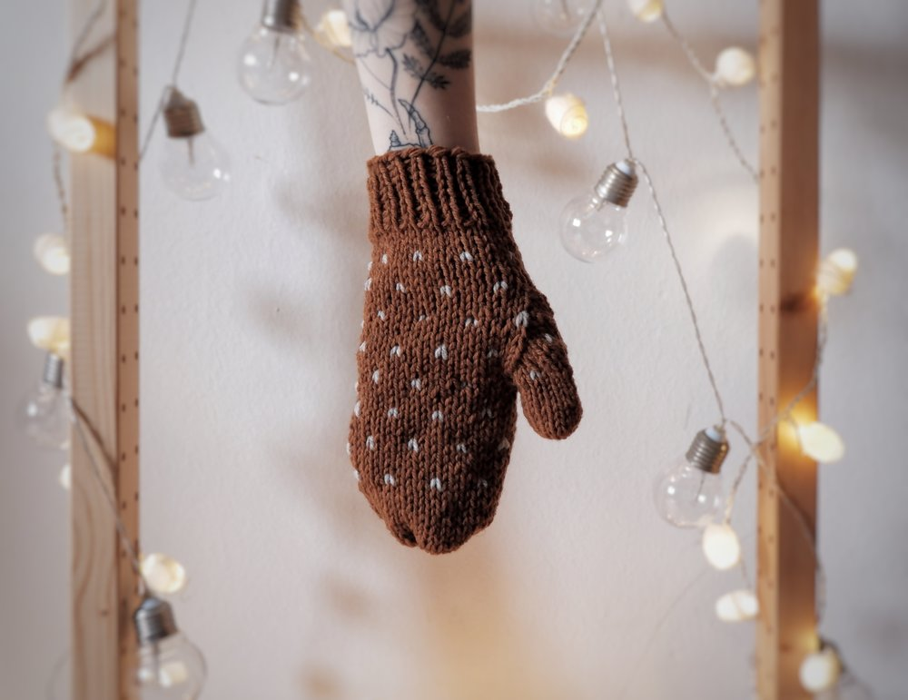Butcher's Broom Mittens - You can find it here / Li puoi comprare qui