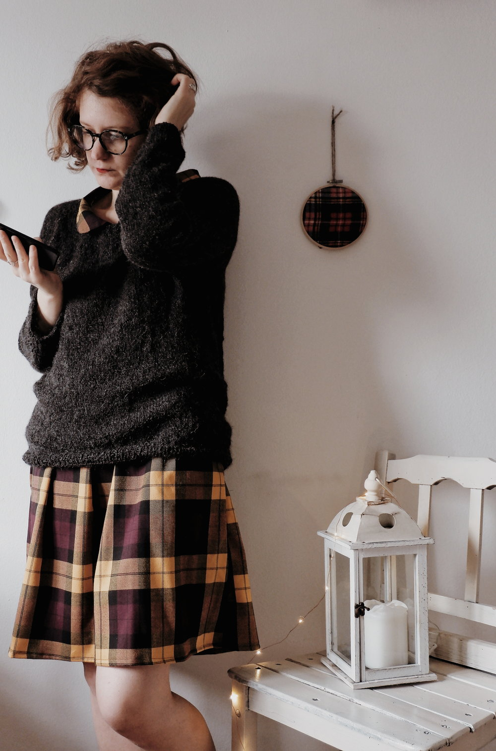 Calmfluencer Sweater_04.jpg