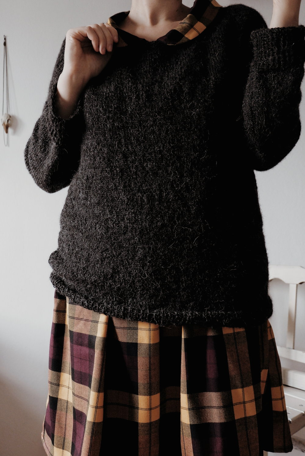 Calmfluencer Sweater_10.jpg