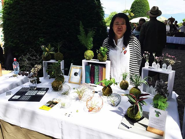 Merci à tous d'être venu dimanche au Marché d'été de Places we love!!! | It was nice to meet you all @chateaudouchy on Sunday! See you soon! . ~ . ~ . ~ #midorilab #vegetaldesign #kokedama #plantslover #plantes #greenlife #greenlover #greeninterior #naturelovers #nature #growing #livingwithplants #lausanne #suisse #weloveplants #livingwithkokedamas #kokedamalover #welovekokedamas #urbanjungle #creationvegetale #conceptvegetal #midorilabaumarche