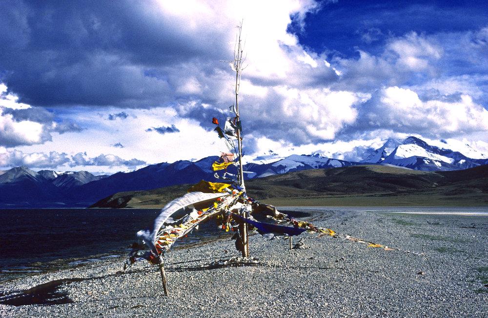 45. Lake Manasarovar, West Tibet 1990.jpg