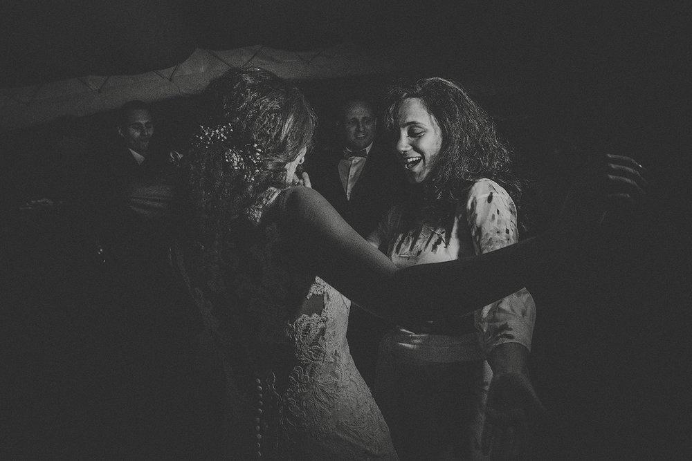 Boda-rural-vintage-en-canalda-victor-more-dance (74).jpg