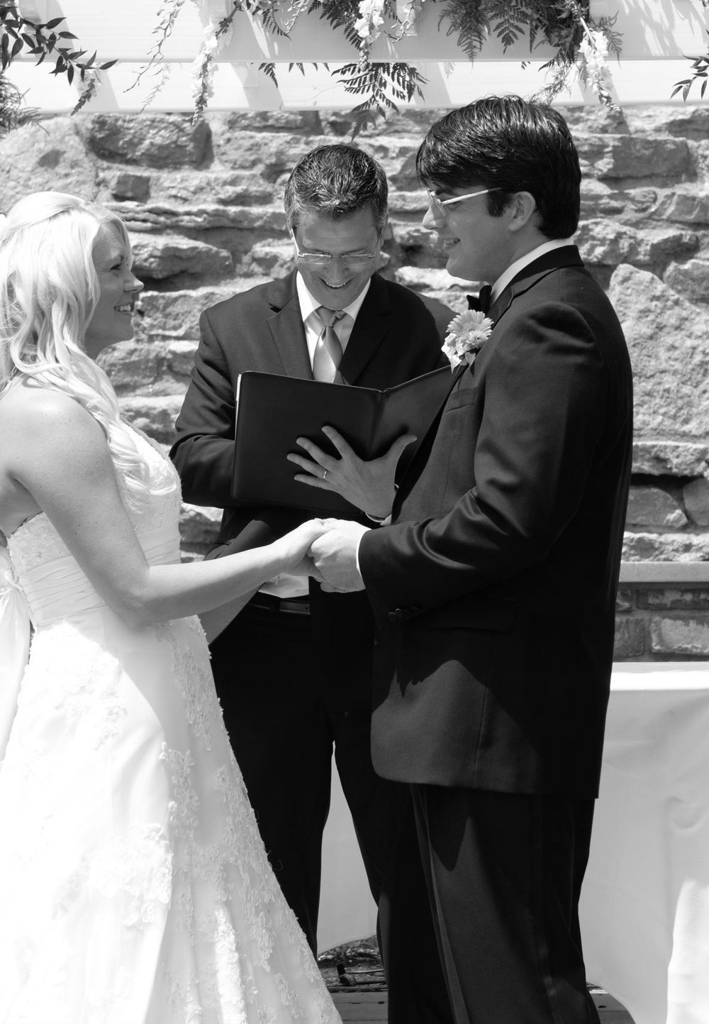 Columbus Ohio, Ben and Teresa's wedding with Damian King officiant