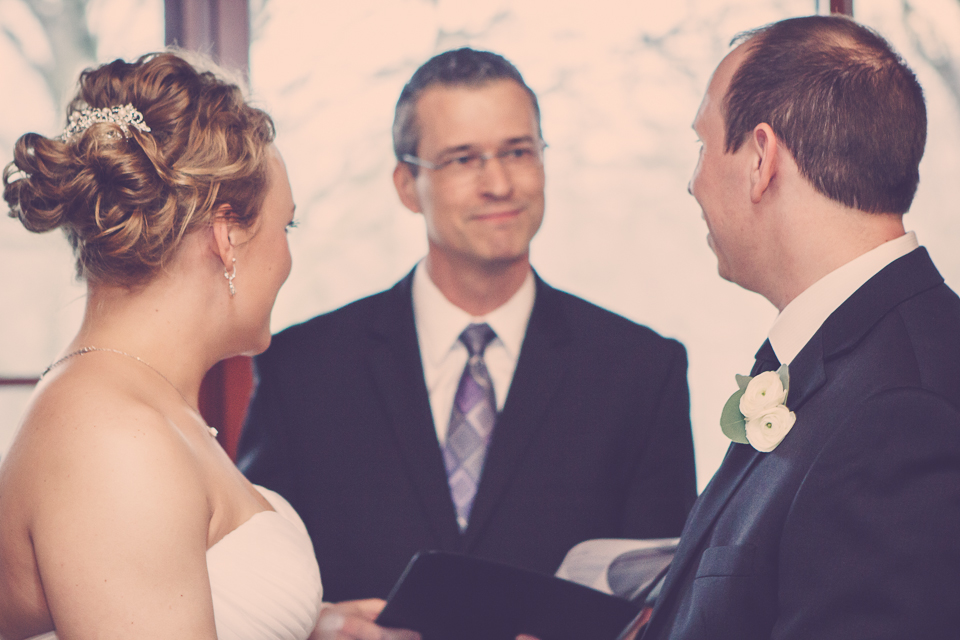 Wedding officiant, Damian King of United Marriage Services Columbus Ohio