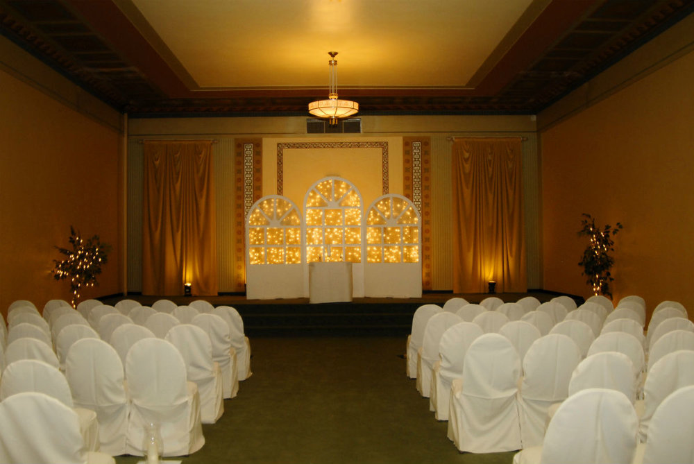 Wedding officiant, Damian King, visits the Macedonian Room at the Columbus Athenaeum in Ohio.