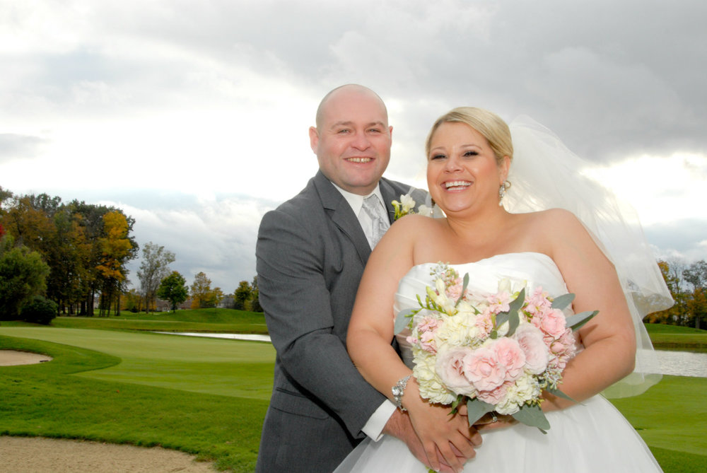 Denise and Justin Heritage Golf Club wedding, officiant Damian King, Columbus, Ohio
