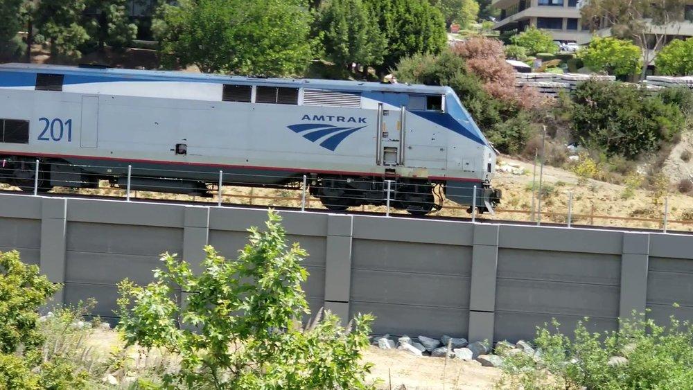 563 train4.jpg