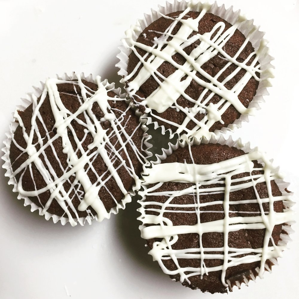Chocolate Brownie Cupcakes with White Chocolate Drizzle