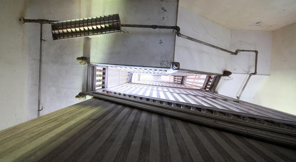 staircaseslider.jpg