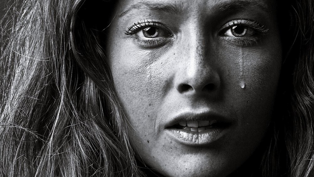 Crying-Women-Portrait
