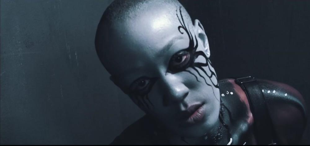 "Shineboy Featuring JadaKiss ""What You Saying"""