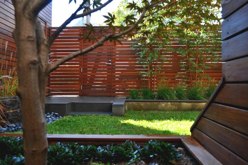ecogardens-bucktown-modern-sideyard-6.jpg