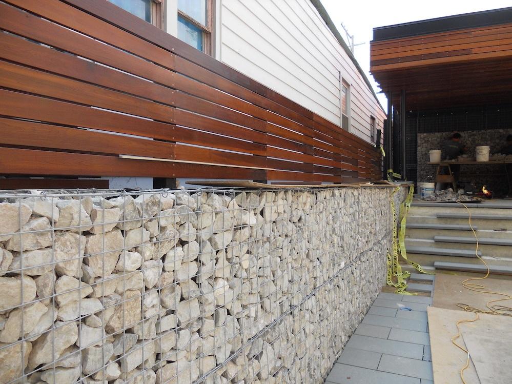 ecogardens-bucktown-modern-sideyard-19.jpg