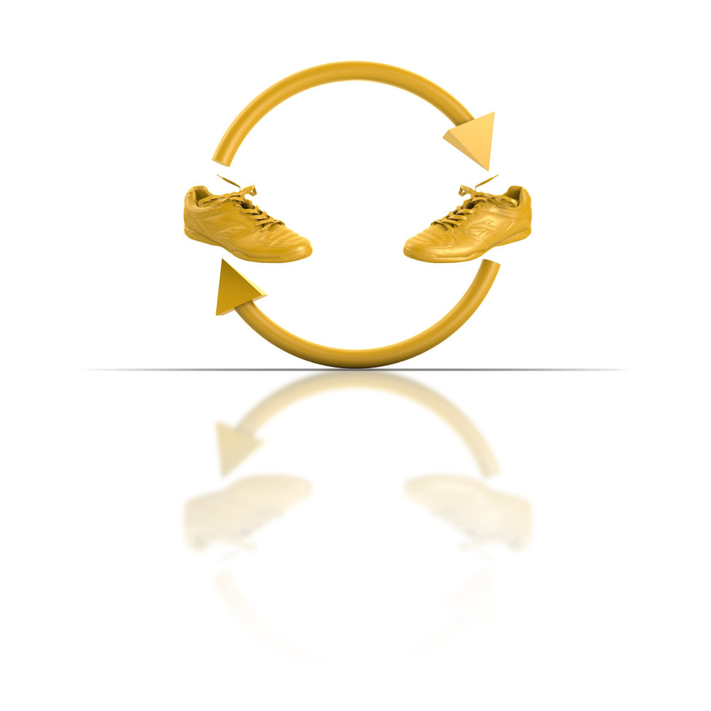 Two golden shoes with arrows between them like a recycling symbol