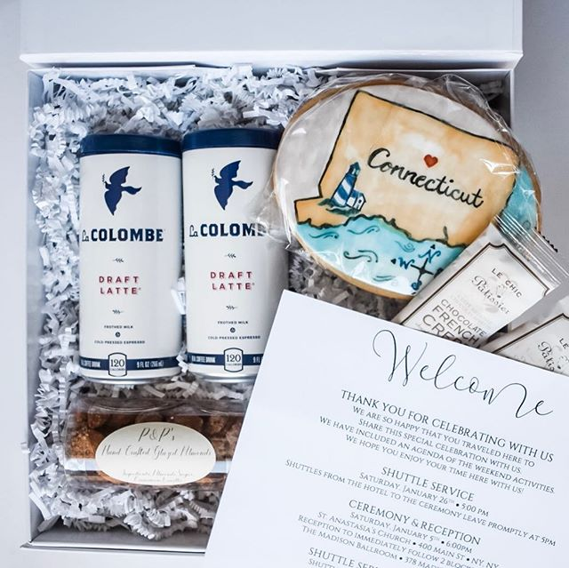 COUPLES! If you want to thank your out of town wedding guests for coming to celebrate you, greet them with #welcomegifts FULL of your favorite goodies! . . . Need help with ideas? Fill out the questionnaire to help spark some creativity. We can even schedule a call or in person meeting if your local to brainstorm! . . . Hand delivery is available to all Westchester and Fairfield County locations! DM or message for details❤️