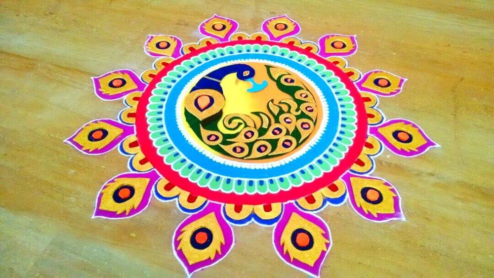 Pooja_rangoli_in_goa.jpg