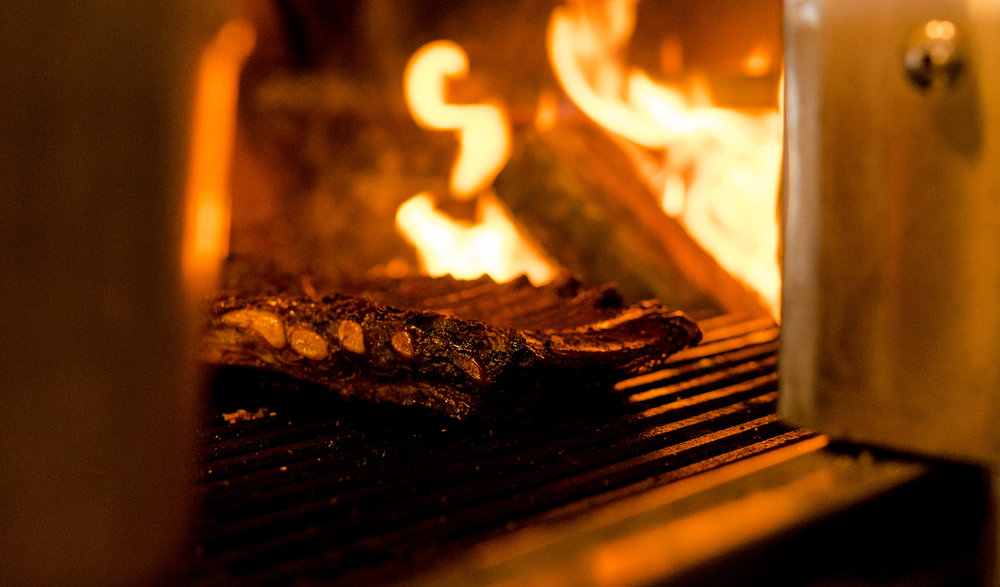 burnt ends-grill-ribs-barbecue-bbq-web-1.jpg
