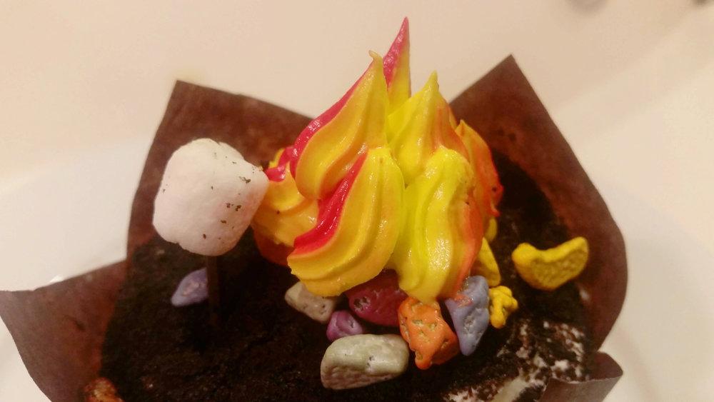 campfire cupcake 01.jpg