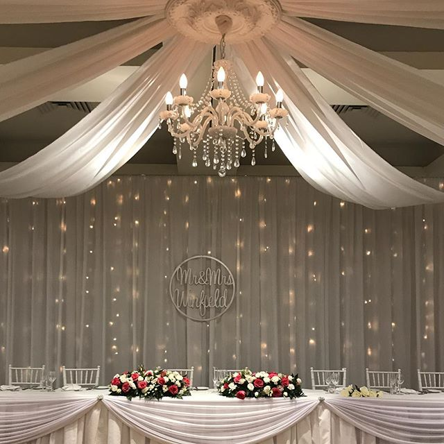 Always the perfect combination chandelier and fairy lights @thevinesresort flowers by @littleblossomco #specialoccasionswa #chandelier #backdrop #ceilingdrapes #ceilingsilks #perthweddings #vinesresortweddings #perthbride #weddingstyling #weddingbackdrop #fairylights
