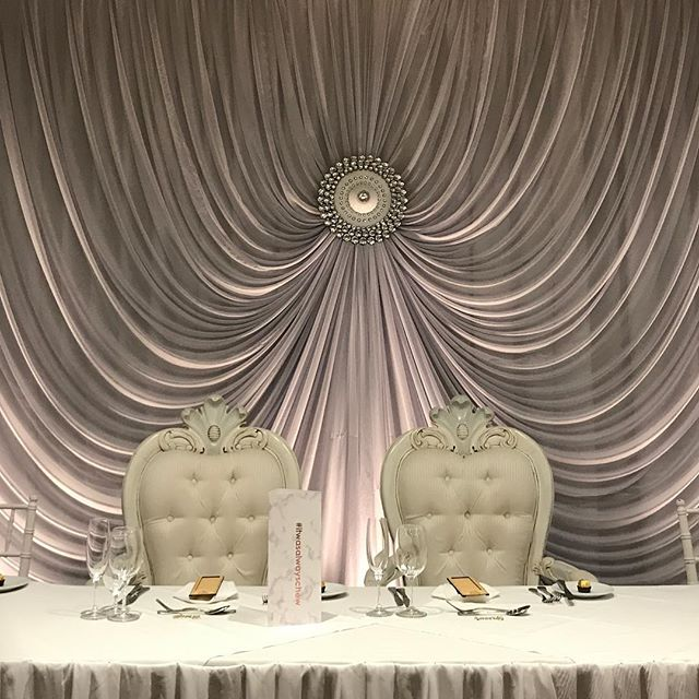 It's all in the lighting #specialoccasionswa #backdrop #perthbrides #weddingbackdrop #weddingstyling #eventstyling #perthwedding  #perthevents #wedding