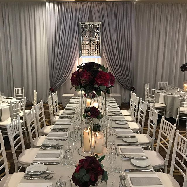 This years colours for @swanvalleyweddingopenday @vinesresort Still time to come and have a look #specialoccasionswa #perthwedding #vinesresortwedding #draping #backdrop #perthevents #luxurywedding #weddingstyling #eventstyling