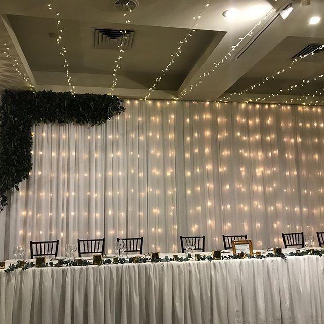 Fairylights, fairylights, fairylights @vinesresortweddings Barrett Lennard Room for @swanvalleyweddingtwilight.  #specialoccasionswa #weddingbackdrop #fairylights #perthbrides #perthweddings #weddingstyling #perthevents #weddinginspo #eventstyling #rusticwedding