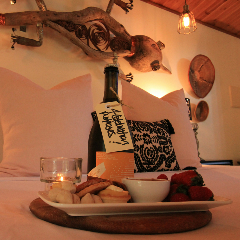 Divine Deluxe Package - Single night stayBubbles chilled for your arrivalBreakfast provisions dailydeluxe deli grazing platterLate checkout - 12 noon
