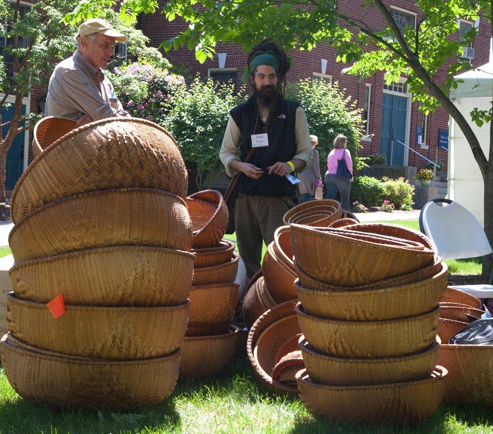 VENDING--baskets.jpg