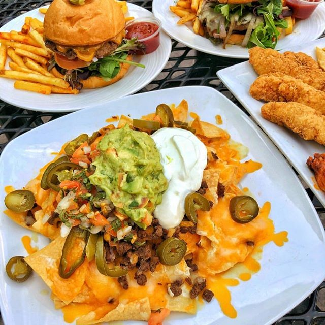 Some days you just gotta go with the classics! Join us for lunch at @decadesbarandgrill . Photo: @visitanaheim