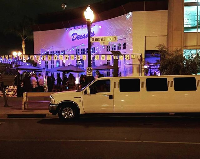 Anyone feel a duet coming on? Join us at @decadesbarandgrill every Sunday night for karaoke from 6pm-10pm with @vipkaraoke . They have liquid libations for courage, eats for comfort, and a killer song book to pick from. Come with us to check out the only 80's and 90's themed bar in The OC!! PC: @decadesbarandgrill