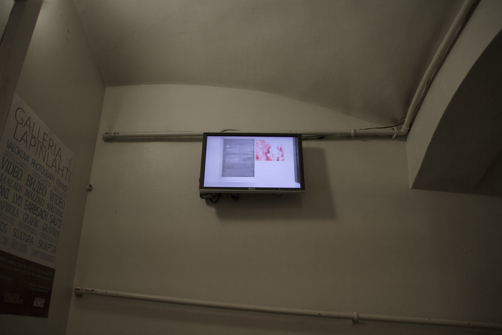 Installation view: Sara Kovamäki:  Viivana - Tässä , 2011, video and performance