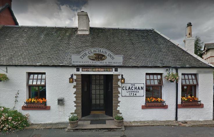The Clachan Inn Exterior 3.JPG
