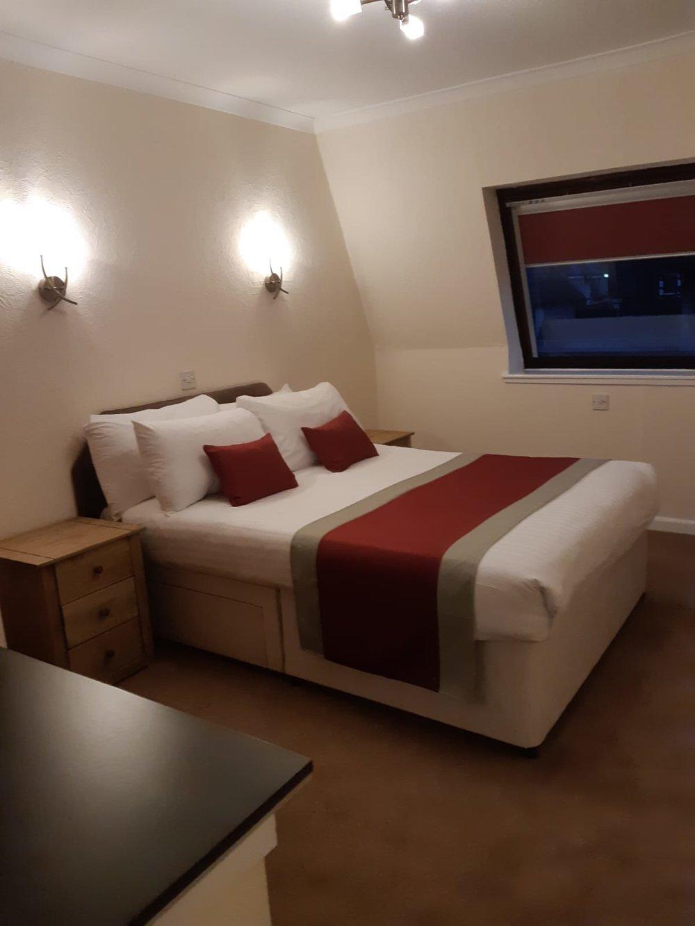 Drumnadrochit - Double Bedroom.JPG