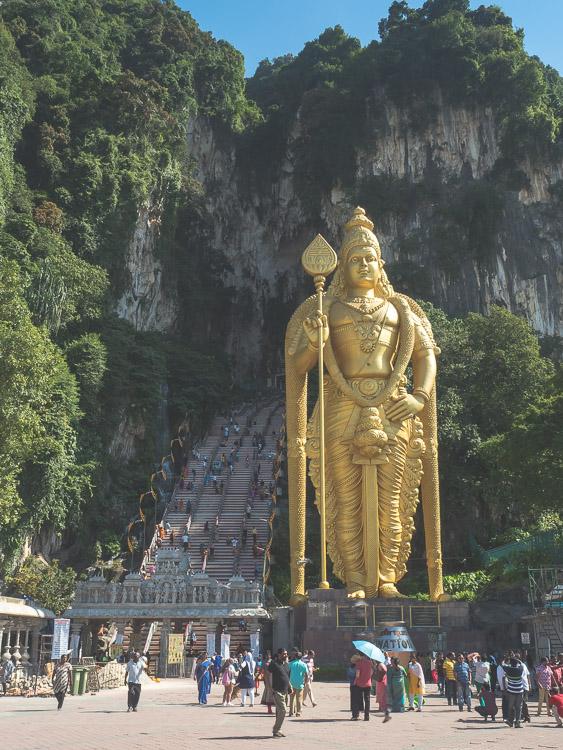 Batu_Caves_Kuala_Lumpur.jpg