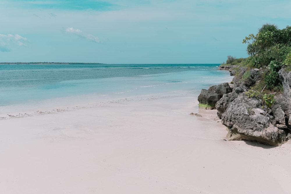Tanjung-Bira-Pantai-Bara-Sulawesi.jpg