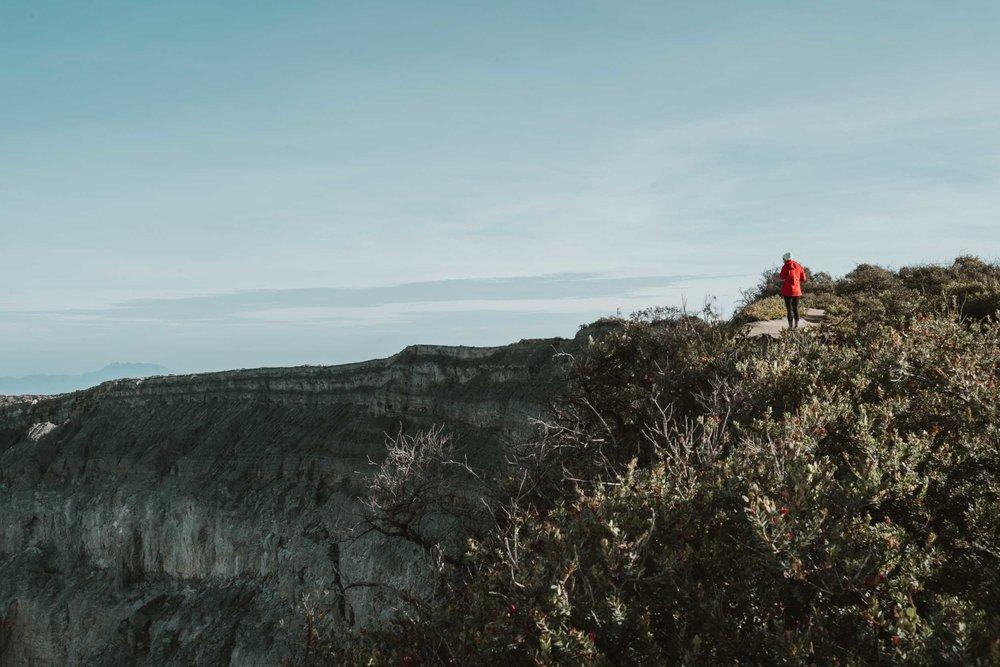 Kawah-Ijen-Crater-Indonesia-1.jpg