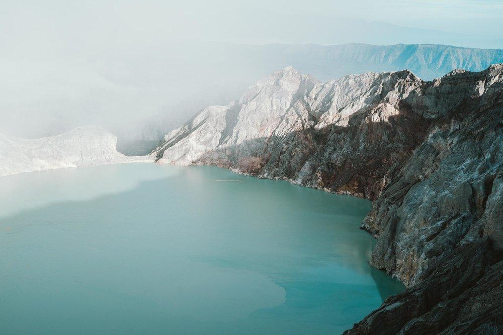 Kwah-Ijen-Crater-Indoensia-8.jpg