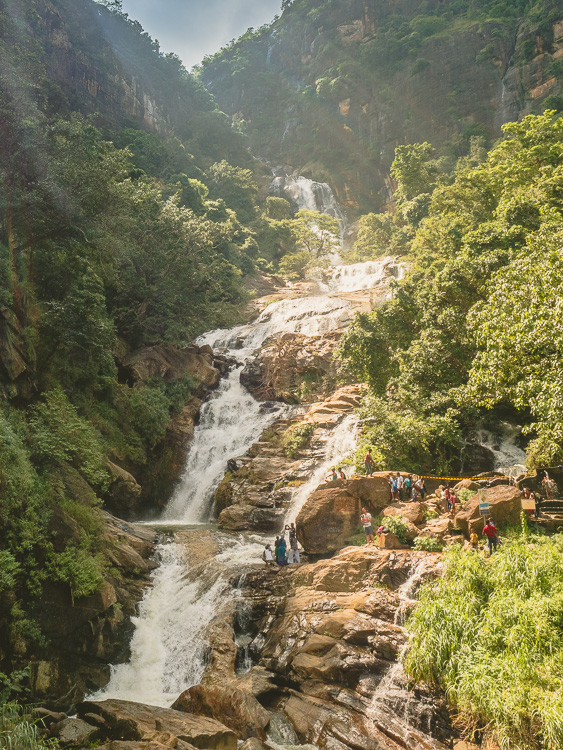 Ella_Waterfall_Sri_Lanka.jpg