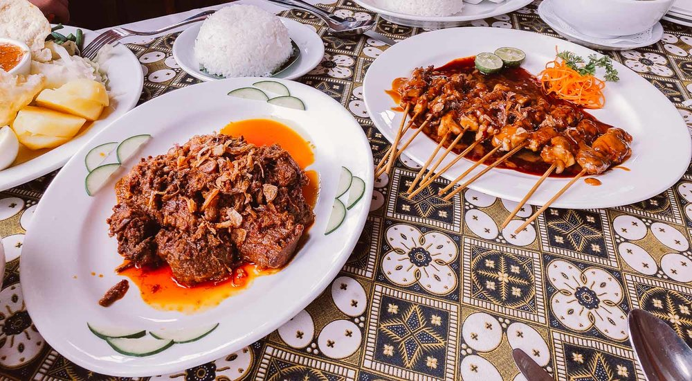 indonesian-food-satay-rendang.jpg