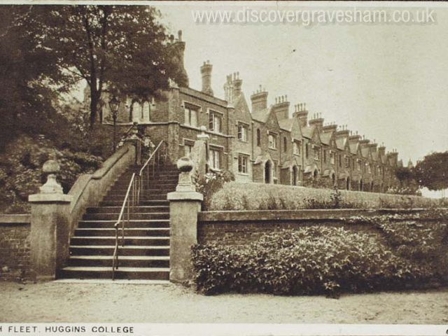 Huggins College - outside Northfleet now demolished - Douglas Grierson postcard collection, Discover Gravesham http://www.discovergravesham.co.uk/postcards-of-gravesham/category/6-