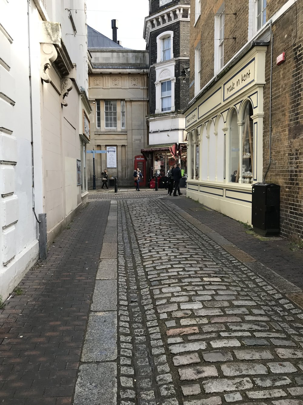 Alley way from the High Street -